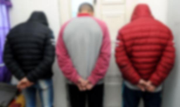 policial-detenidos